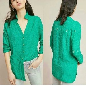 Anthropologie • Akemi + Gin Green Embroidered Top